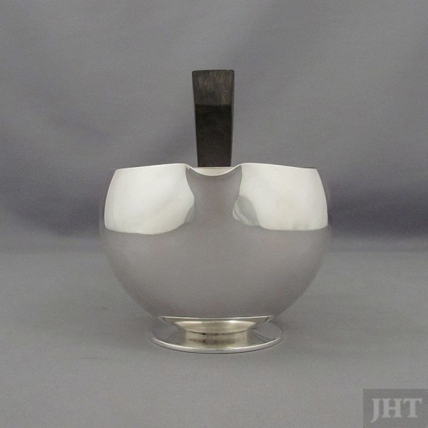 A stylish Art Deco Georg Jensen sterling silver sauce boat, Denmark c. 1933-44, design #686 by Harald Nielsen