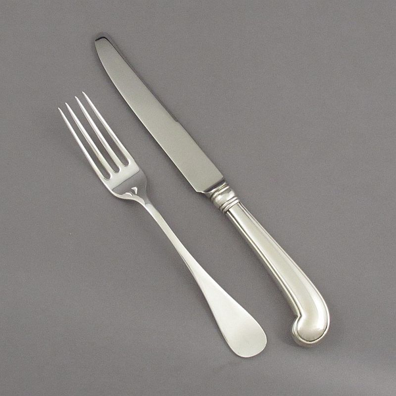 A Tiffany sterling silver flatware set for six in King William pattern, New York c. 1980, comprising: