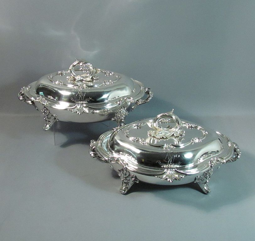 A pair of large and fine quality early Victorian sterling silver entree dishes by William Ker Reid, hallmarked London 1837