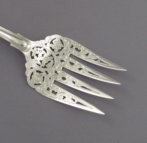 Sterling Silver Fish Servers in Kings Pattern