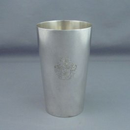 A tall German .800 silver beaker by Koch & Bergfeld, Bremen c. 1900. Tapered cylindrical form with matte finish, engraved