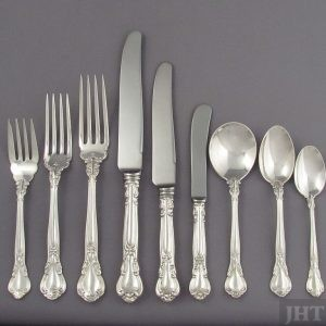 A beautiful Birks Chantilly flatware service for eight in sterling silver comprising: