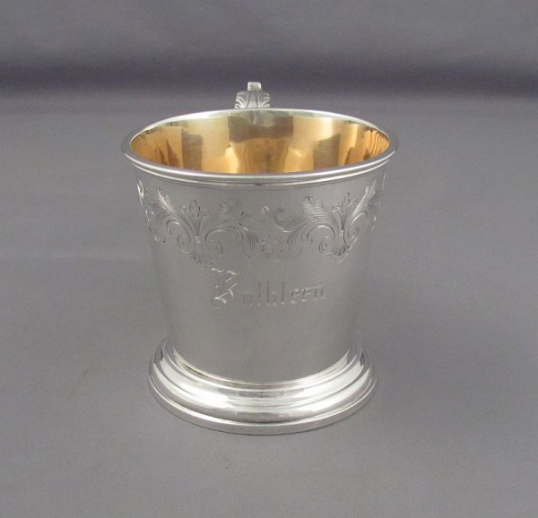 William IV antique sterling silver christening mug by Robert Hennell III, hallmarked London 1836. Tapered cylindrical body with