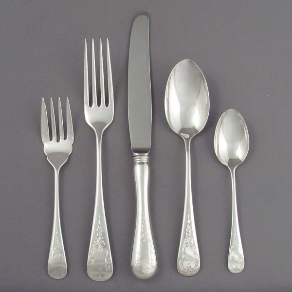 Two Birks sterling Brentwood pattern dinner size place settings comprising the following: