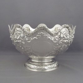 A large Victorian sterling silver rose bowl by John Aldwinckle & Thomas Slater, hallmarked London 1892. Monteith style